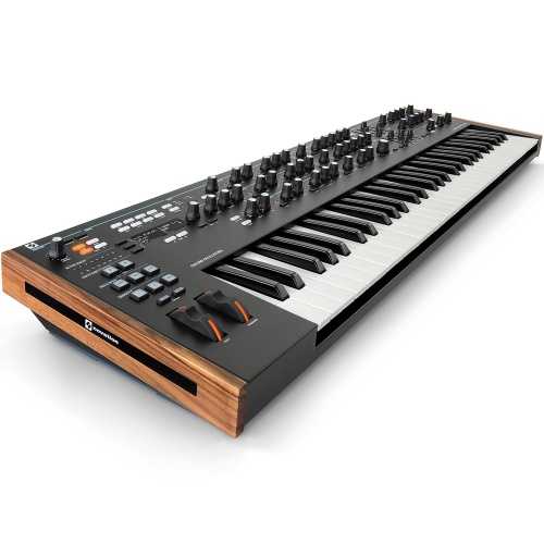 Novation Summit, 61-Key Polyphonic Synthesizer